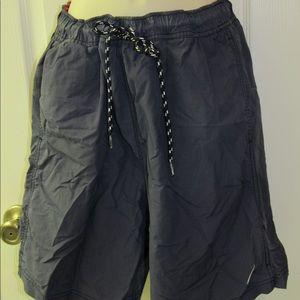 🧚♀️ Men's small Nautica swim trunks